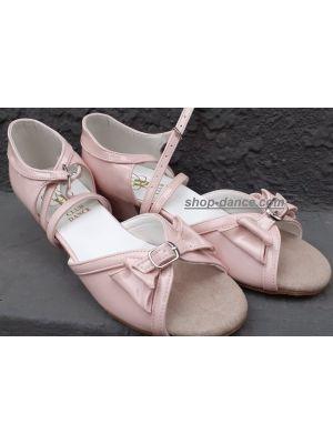 Танцювальні туфлі девачковие Club Dance: Б-4 рожевий лак
